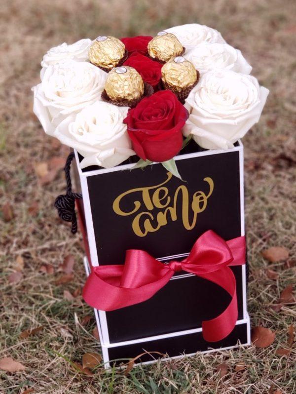 rosas bombones y caja personalizada